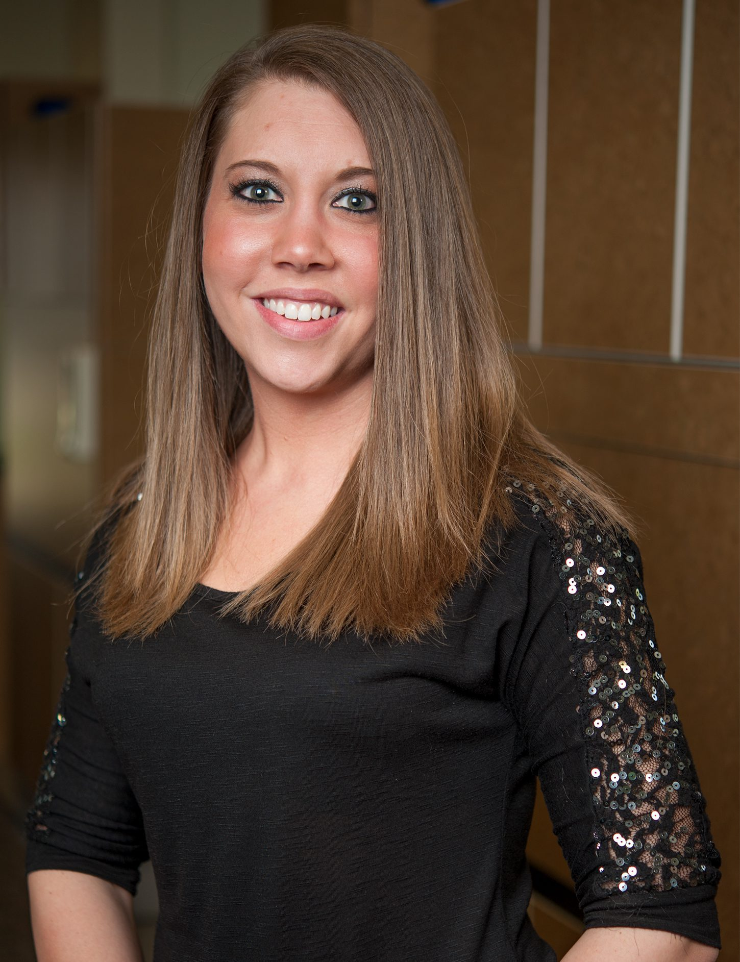 Makayla from Advance Dental Care of Anderson posing for professional headshot